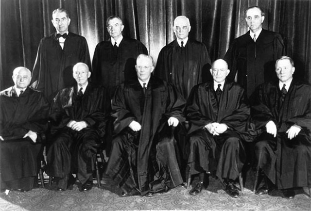 Mapp v. Ohio (1961) Supreme Court Justices. 9 White Men.