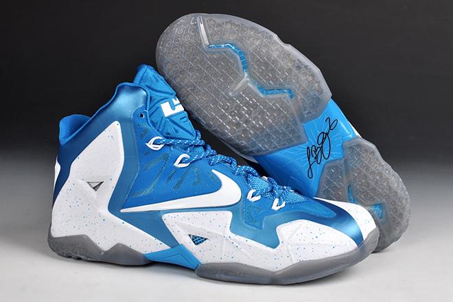 6b513784294f9 Nike LeBron 11 iD King James Basketball Shoes White Blue